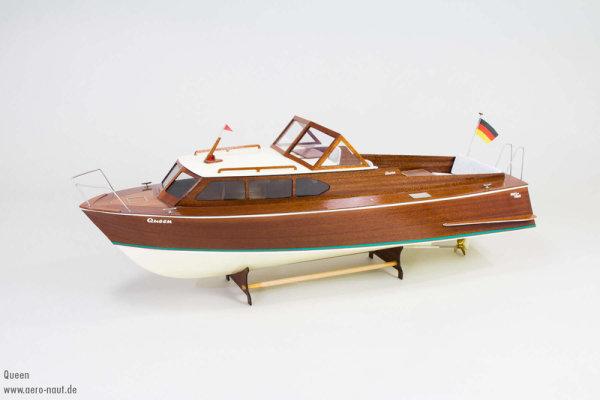 Queen Sportboot