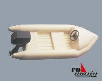 Schlauchboot mit Außenbordmotor-Atrappe 1:25